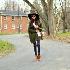More on www.missminussized.com with @sweeteststi0184 @designerint  and @shopditto #olive #casual