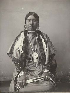 Yakama woman posed in ceremonial dress, Washington, 1899, UW Library American Indians of the Pacific Northwest Collection