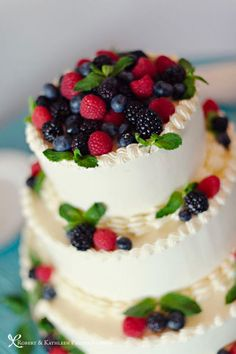 Red, White, & Blue Wedding Cake.