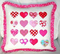 Como hacer un cojin de corazones