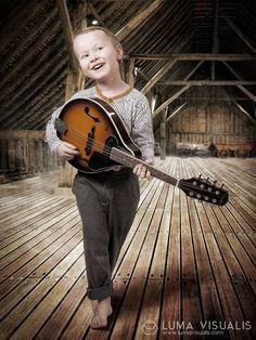 Children Photography at Luma Visualis, Photographer - Hannu Rantakallio / Lapsikuvaus Luma Visualis, Valokuvaaja - Hannu Rantakallio