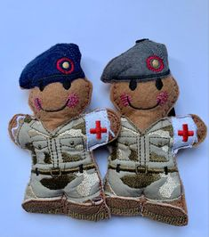 Felt Gingerbread ornament now available to purchase in either Navy or Grey beret. #Royalarmyveterinarycorps #armymedicalservice #britisharmy #combatmedicaltechnician #armymefic #soldier