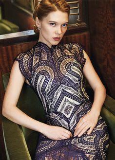 bond girl madeleine swann tr gt die lover venus kleid f r ihre rolle in james bond 007. Black Bedroom Furniture Sets. Home Design Ideas