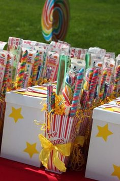 Carnival Party Favors, Circus Carnival Party, Circus Theme Party, Carnival Birthday Parties, First Birthday Parties, Circus Tents, Birthday Ideas, Carnival Ideas, Circus Party Centerpieces