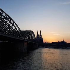 Sunset in Köllefornia #Cologne #CologneCathedral...