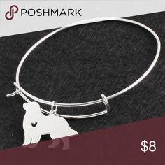 🌞Golden Retriever Bangle🌞 Bangle bracelet with a golden retriever charm.  So adorable one of  mans best friends💛 Jewelry Bracelets
