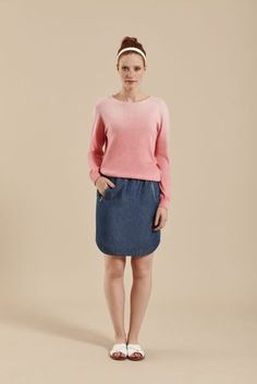The Komodo Hosty Jumper is a real beauty! Made from really soft organic cotton, it's dip dyed knit at it's best. We just loved the two shades Coral and Seagre Komodo, Dip Dye, Real Beauty, Denim Skirt, Organic Cotton, Knitwear, Jumper, Two By Two, Women Wear