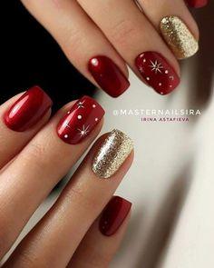 Fancy Nails, Red Nails, Cute Nails, Red And Gold Nails, Christmas Gel Nails, Holiday Nails, Christmas Nail Designs, Xmas Nail Art, Christmas Makeup