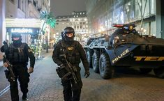 #tek #hungary #police #magyar #budapest Special Forces Army, Army Soldier, Armed Forces, Cops, Hungary, Budapest, Police, Monster Trucks, Military
