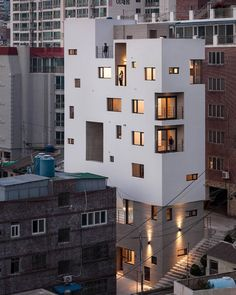 """Mi piace"": 7,736, commenti: 65 - Architecture • Design • Tech (@designwanted) su Instagram: ""Would you live in this building? Morning Dew Guesthouse by Architects Group RAUM #Busan, South…"" #residentialarchitecture"