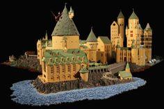 ハンパない完成度!! 40万個のレゴブロックで作ったハリーポッターのホグワーツ魔法魔術学校が精巧すぎる!