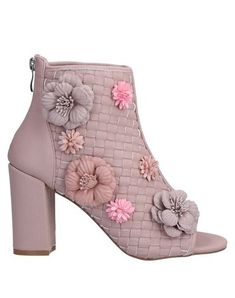 Silvian Heach Women Ankle Boot on YOOX. The best online selection of Ankle Boots Silvian Heach. Open Toe, Shoe Boots, Ankle Boots, Bridal Heels, Textiles, Fibre Textile, Leather Flowers, Pastel Pink, Bag Accessories