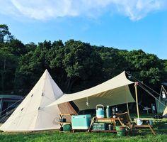 おしゃれキャンプでよく見る注目グッズ紹介!新定番ギア30選|CAMP HACK[キャンプハック] Outdoor Camping, Outdoor Gear, Camping Style, Glamping, Tent, Patio, Home Decor, Store, Decoration Home