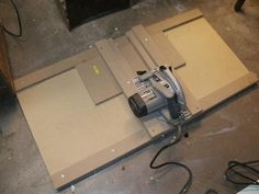 Circular Saw Crosscut Jig - Woodworking any and all here - The Garage Gazette