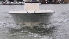 With pronounced bow flare and wide chines, the Grady-White 251 CE is a dry riding boat.