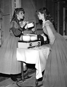 Janet Leigh & Elizabeth Taylor in Little Women, 1949 Lady Elizabeth, Elizabeth Taylor, Classic Hollywood, Old Hollywood, Norma Shearer, Esther Williams, William Powell, Janet Leigh, Jamie Lee Curtis