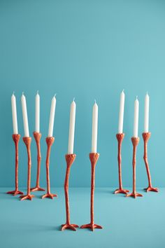 Long Legs Friendly visitors are arrived! These Long Leggs are uniquely atmospheric at every dinner party. Handmade of ceramic and available in two colors they are a real eyecatcher.