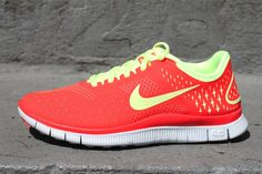 Nike Free 4.0 V2    Available NOW (worldwide shipping) www.oneness287.com   (859) 276-2316   @ONENESS287 (Twitter)