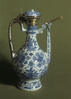 Chinese porcelain ewer from the Ming period, with English silver-gilt mounts dated 1589, at Hardwick Hall.