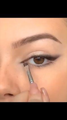 Edgy Makeup, Eye Makeup Art, Smokey Eye Makeup, Eyebrow Makeup, Skin Makeup, Eyeshadow Makeup, Makeup Inspo, Maquillage On Fleek, Eye Makeup Designs