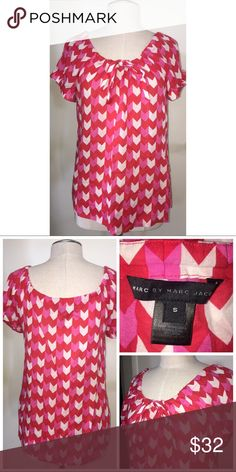 Marc by Marc Jacobs Print Blouse Pre•loved Marc by Marc Jacobs Print Blouse  Size Small Cotton EUC, no signs of wear  111217F Marc By Marc Jacobs Tops