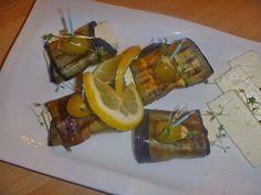 Gegrillte Auberginen mit Feta, Minze und Chili