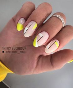 Oval nails are very similar to almond nails, but they are slightly smoother than almond-shaped nails. Oval nail art design is an attractive nail shape for most women. It highlights feminine elegance, so oval nails are more practical than other shapes Oval Nail Art, Oval Nails, Round Nails, Cute Acrylic Nails, Cute Nails, Pretty Nails, My Nails, Neon Nail Art, Colorful Nail Art