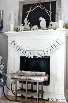 Make this glittered nativity and banner with free templates and tour this gorgeous Christmas home of Hymns and Verses eclecticallyvintage.com