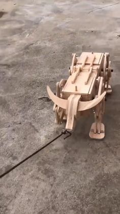 Woodworking Projects Diy, Diy Wood Projects, Wood Crafts, Wooden Art, Wooden Toys, Wooden Model Kits, Wood Toys Plans, Handmade Wooden, Wishing Well
