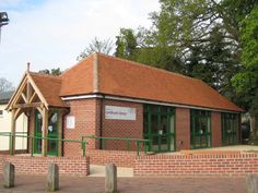 Michelmersh Antique Red roof tiles used for Lyndhurst Library in Hampshire Clay Roof Tiles, Red Roof, Hampshire, Brick, Cabin, Colours, Antiques, House Styles, Outdoor Decor
