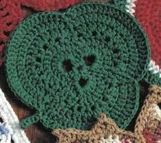 free crochet shamrock potholder pattern..... I might try this as a dishcloth....