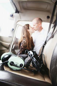 Vi Tran Photography // Airplane Engagement // Airplane Engagement Session // Dallas TX Photographer // Airplane Engagement Photo Ideas