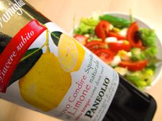 Zeleninový šalát s olivami ... www.vinopredaj.sk #salat   #zelenina   #jedlo   #dobrejedlo   #olivy   #oliva   #balsamico   #olivovyolej   #olivovy   #olej   #pondelok   #inmedio   #wineshop   #vinoteka   #paradajky   #mozarella