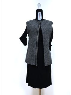 Beautiful vest made in wool with a precious metal trimmings di Fedracollection su Etsy