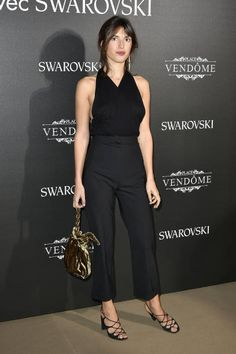 Jeanne Damas attends the Vogue Fashion Festival 2017 Photocall at Hotel Potocki on November 23 2017 in Paris France French Women Style, French Girls, Jeanne Damas, Festival Fashion, Festival 2017, Parisian Chic, Celebrity Look, Vogue Fashion, Fashion Lookbook