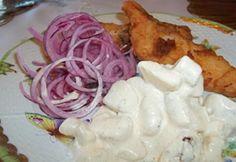 Rántott harcsa lilahagymával majonézes krumplival My Recipes, Sushi, Cabbage, Chicken, Vegetables, Food, Diet, Essen, Cabbages