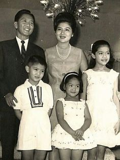 Filipino politicians Ferdinand and Imelda Marcos with their children Imee, Bongbong and Irene, Ferdinand, People Power Revolution, Philippine Army, President Of The Philippines, Adam 12, Best Free Dating Sites, Philippines Culture, Filipino Culture