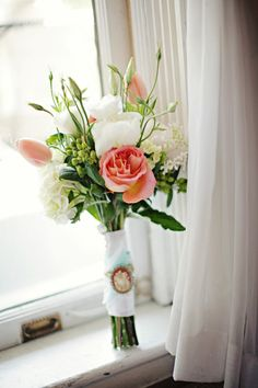 How pretty is this bouquet! Photography by paperlilyphotography.com, Event Design & Florals by poshpetalsandpearls.com