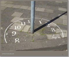 Sundial in the schoolyard - Zonnewijzer op het schoolplein Outdoor Classroom, Outdoor School, Outdoor Fun, Outdoor Clock, Playground Painting, Playground Games, Natural Playground, Outdoor Playground, Outdoor Learning