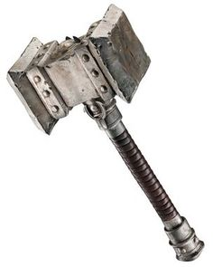 23-inch hammer modeled after weapon used in the new movie Warcraft based off of the Worlds of Warcraft game. Plastic.