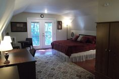 Lobbyists - Welcome to Tallahassee! - vacation rental in Tallahassee, Florida. View more: #TallahasseeFloridaVacationRentals