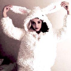 Melanie Martinez | So adorable! <3 the bunny ears ^.^