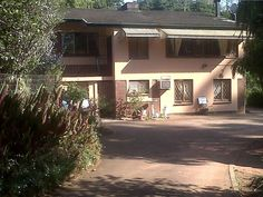 Madadeni Retreat Bed and Breakfast - Madadeni Retreat Bed and Breakfast is a lovely guest house situated in the lush surrounds of the Kloof Gorge. It is a 20-minute drive from Durban. There are various accommodation options at the guest house ... #weekendgetaways #durban #southafrica