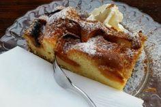 Marillenkuchen mit Topfen Rezept French Toast, Muffins, Pie, Cupcakes, Sweets, Breakfast, Desserts, Food, Sheet Cakes