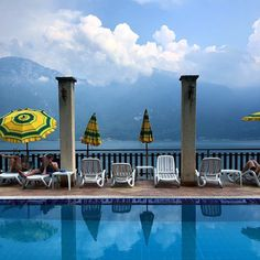 Staying in Hotell Castell built in a mountain. A pool with a view. Great holiday in Garda. Limon Sul Garda.