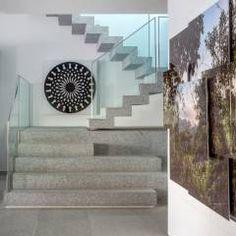 Apartamento Delta: Corredores, halls e escadas Moderno por Gisele Taranto Arquitetura