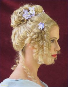 42 Outstanding Victorian Hairstyles Ideas That Women Look More Beautiful - The Victorian era was a fascinating period for fashion. It straddled the complexity of Edwardian looks while streamlining towards the century. Victorian Hairstyles, Vintage Hairstyles, Regency Dress, Regency Era, Updo, Moda Lolita, Historical Hairstyles, Ball Hairstyles, Celebrity Hair Stylist