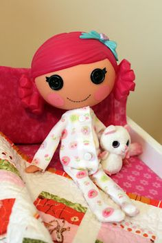 Obsessively Stitching: SUPER EASY Lalaloopsy Pajamas!