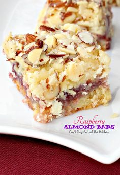 Raspberry Almond Bars – Can't Stay Out of the Kitchen Köstliche Desserts, Delicious Desserts, Dessert Recipes, Raspberry Desserts, Raspberry Cookies, Yummy Food, Brownies, Almond Bars, Sweet Bar