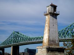 Nice pic from Longueuil - read our article about Quebec's Jersey Shore here.